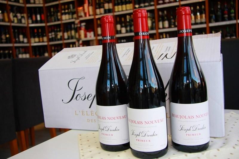 """Privítajte aj vy sviatok mladých vín Beaujolais 2016 - """" Božolé 2016 """" Le Beaujolais Nouveau est arrivé !"""