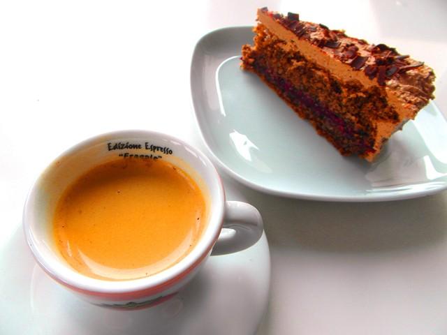 Káva ktorá povzbudí vašu myseľ - Columbia Supremo 100% Arabica