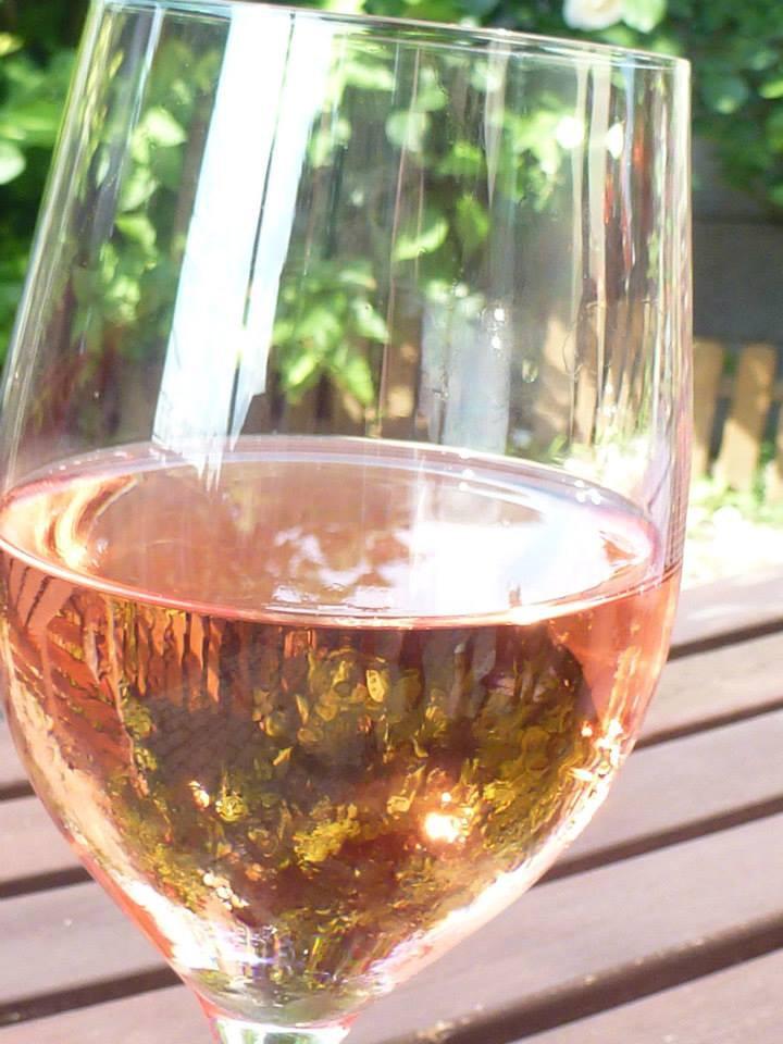 Ako chladiť víno ?